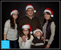 R Family Holiday Portraits